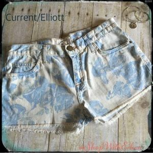 Current/Elliott Vintage Blue Rose Floral Shorts